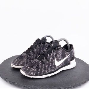 Nike Free TR 5 Women's Shoes Size 7